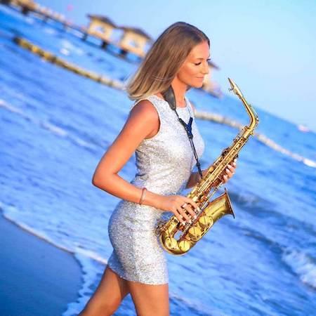 Live_Musik_Saxophon_Isabella-Romme_Firmenevet_Anfragen